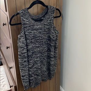 Perfect Condition RDI Cold shoulder Sweater Small